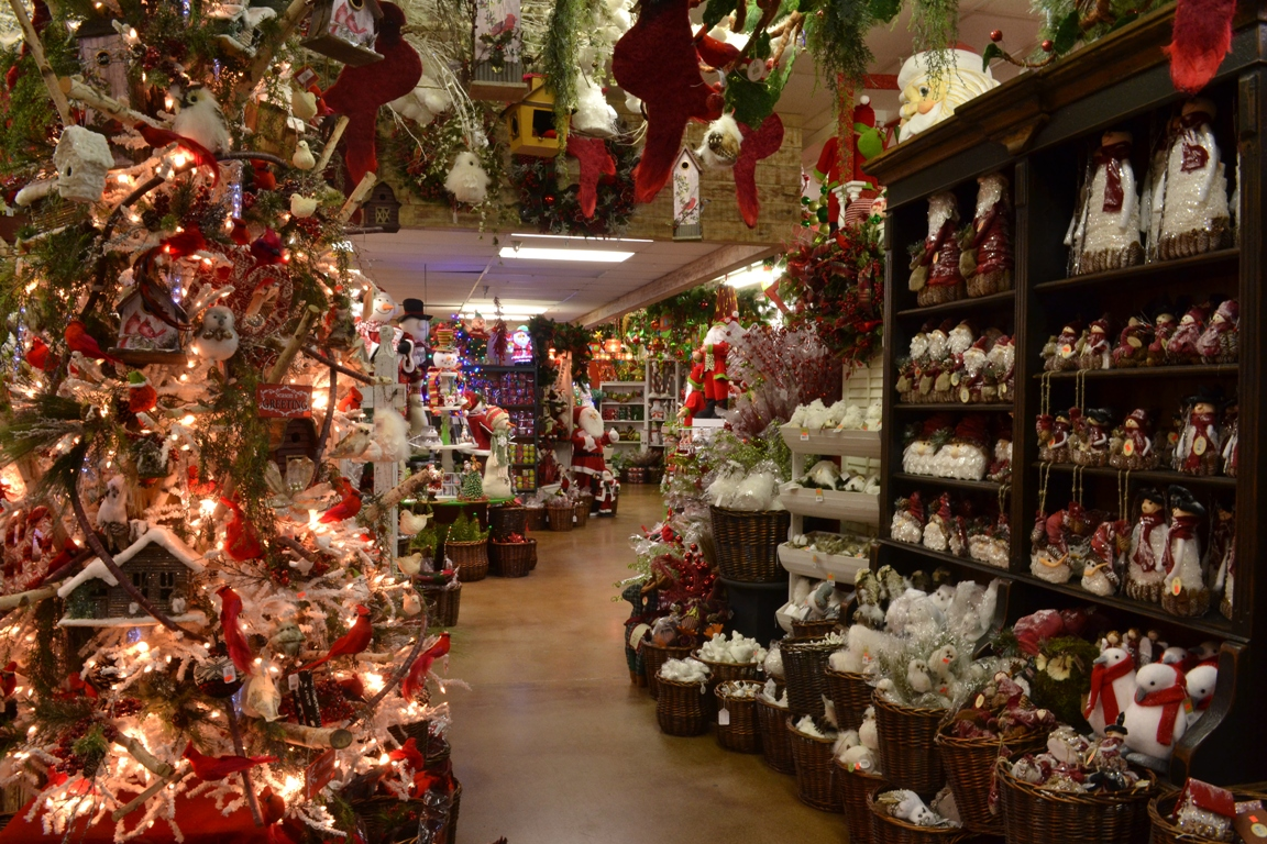a christmas wonderland decorators warehouse