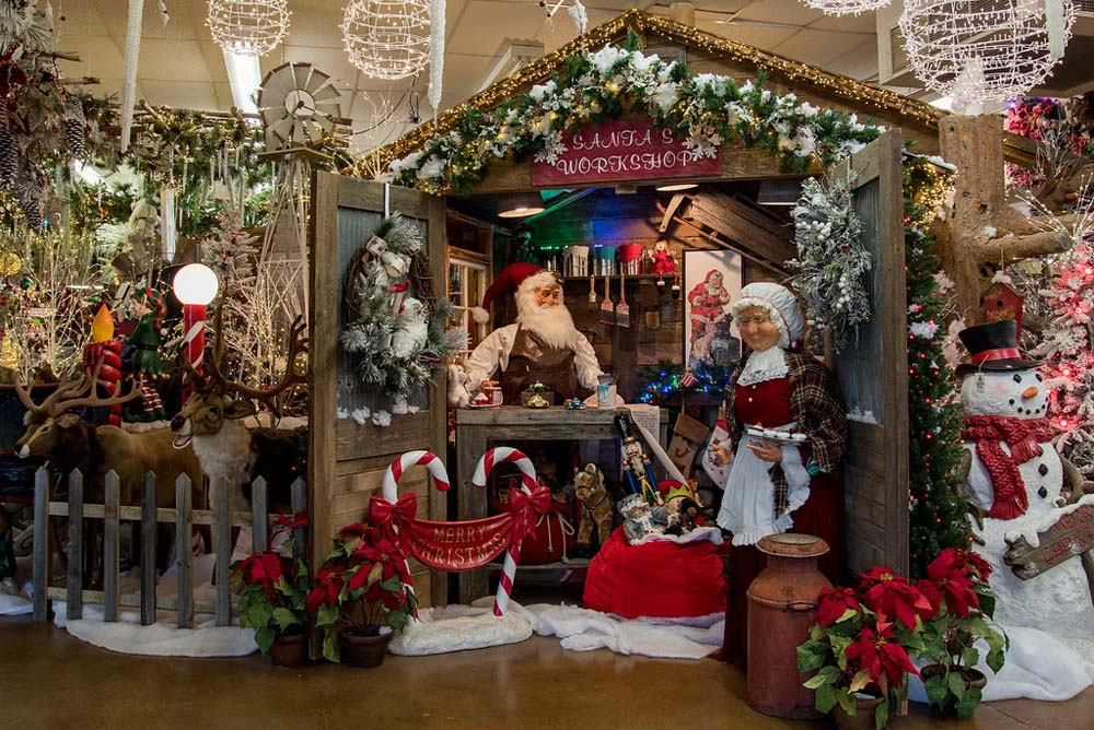We Have The Largest Selection Of Christmas Decorations In Texas! Gallery
