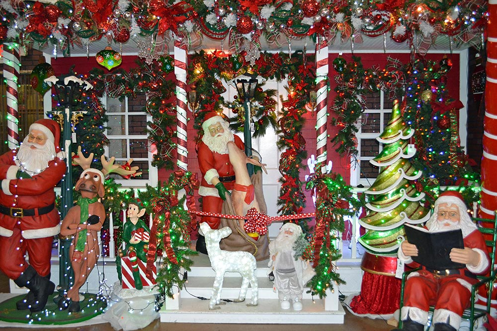 Christmas at Decorator's Warehouse
