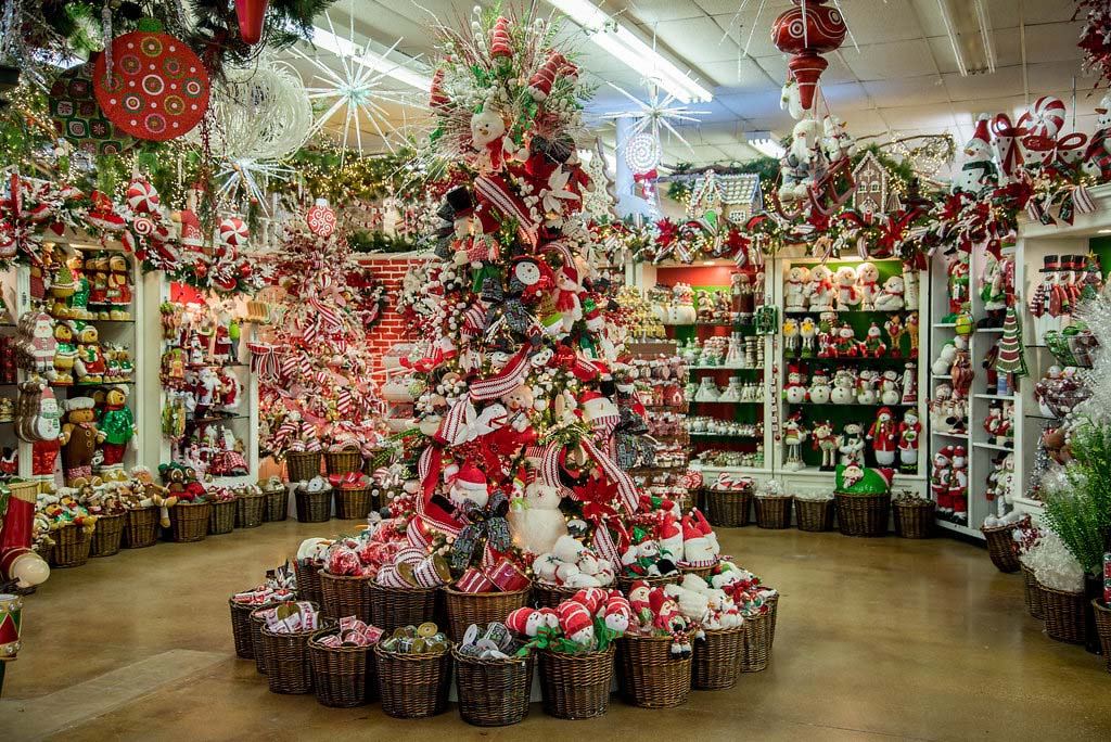 Decorators Warehouse Texas Largest Christmas Store
