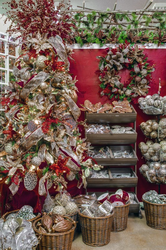 Christmas Trees at Decorator's Warehouse - Christmas Trees At Decorator's Warehouse €� Decorators Warehouse