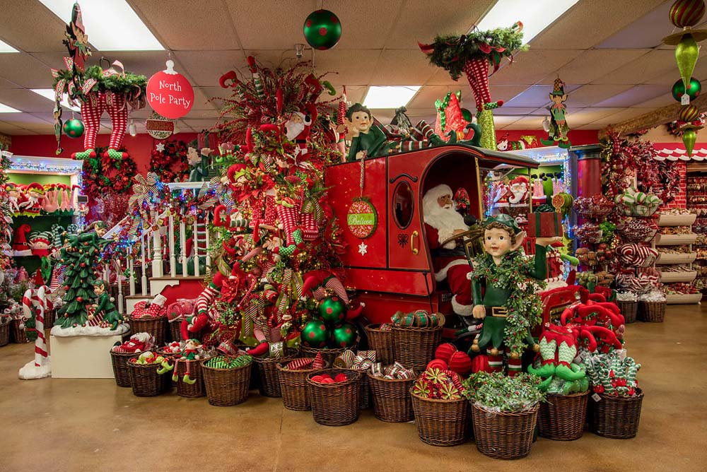 Nice We Have The Largest Selection Of Christmas Decorations In Texas!